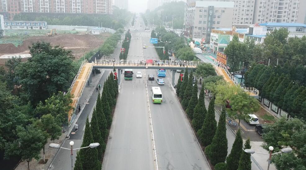 晋城市凤城路幼儿园人行天桥